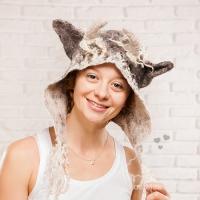 hat_054_1