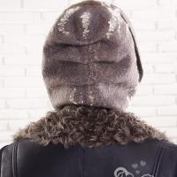 hat_067_2
